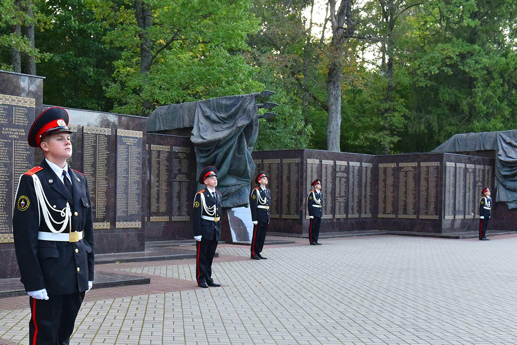 В Брянской области восстановят и отремонтируют 75 воинских захоронений
