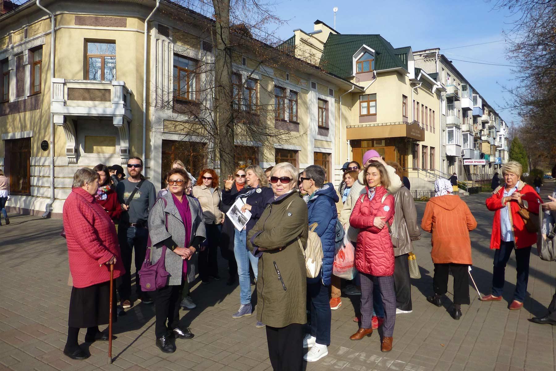 Завершён второй сезон бесплатных пешеходных экскурсий по городу