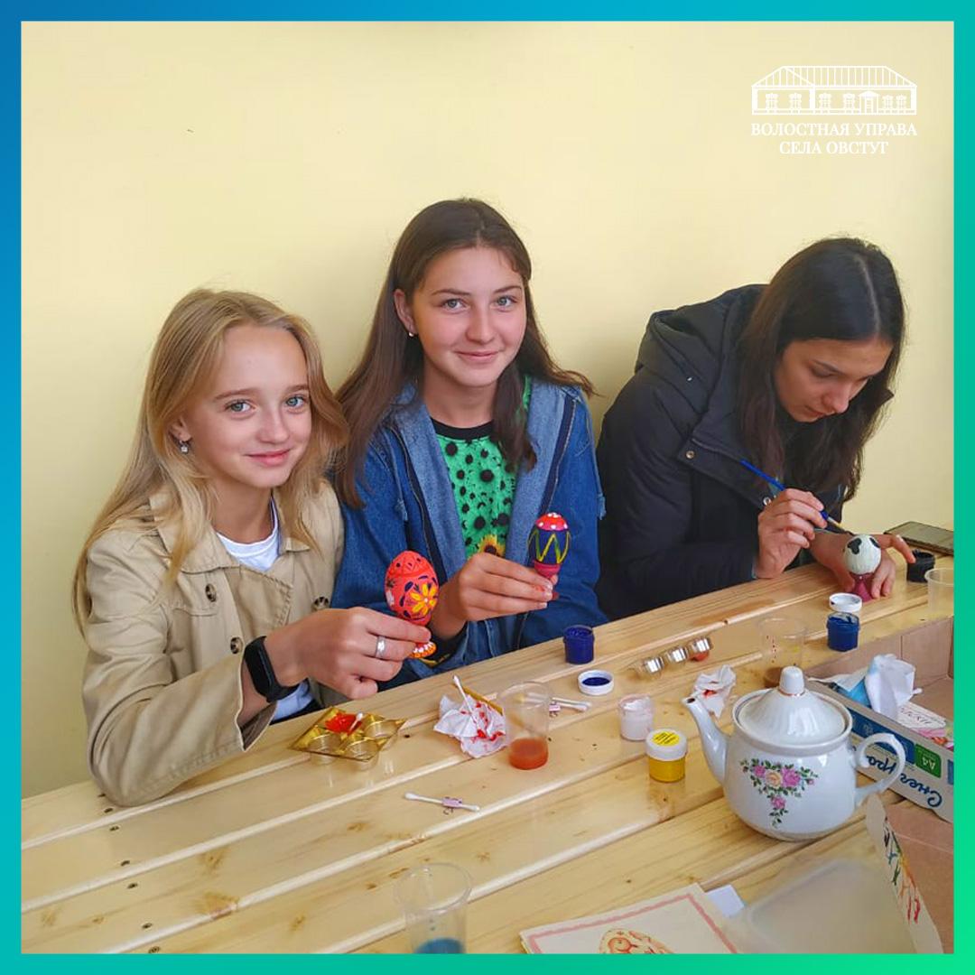 В Овстуге продолжают изучать народные традиции и ремёсла